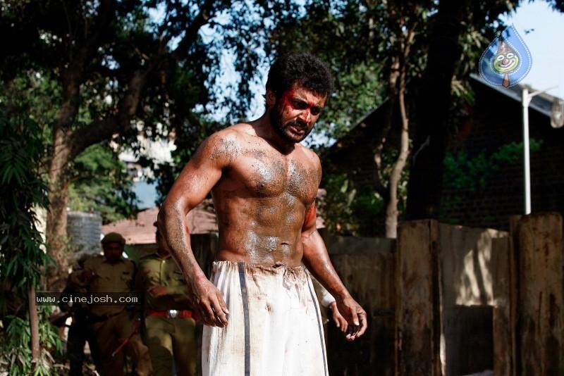 Surya, Vivek Oberoi in RGV's Rakta Charitra **stills ...