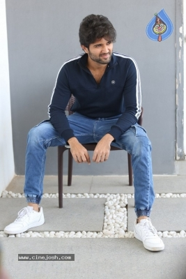 Vijay Deverakonda Interview Photos - 9 of 33