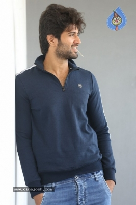Vijay Deverakonda Interview Photos - 13 of 33