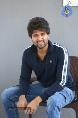 Vijay Deverakonda Interview Photos - 20 of 33