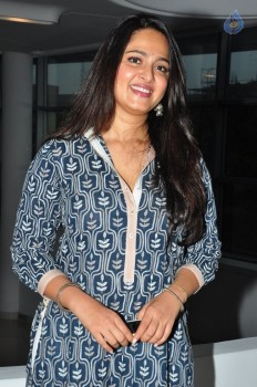 Anushka Photos :04-10-2015