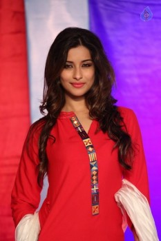 Madhurima New Photos :29-09-2015