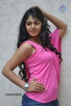 Monal Gajjar Latest Stills :25-08-2012