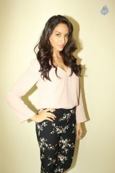 Nora Fatehi Latest Photos