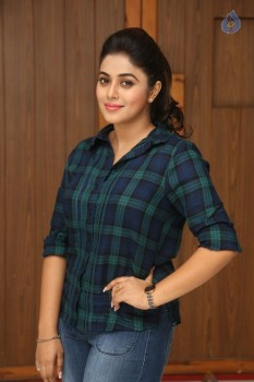 Poorna Latest Photos :24-11-2016