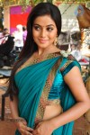 Poorna New Photo Gallery :14-02-2013