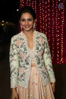 Rakul Preet Singh at Zee Telugu Apsara Awards :09-04-2017