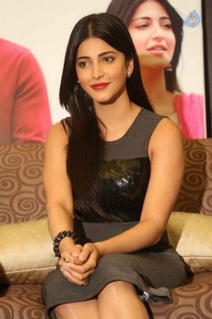 Shruti Haasan Photos :12-08-2015