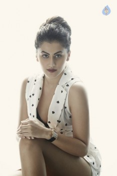 Taapsee Pannu Photos :21-08-2015