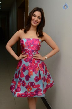 Tamanna Latest Images :24-12-2016