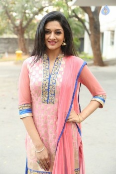Vimala Raman Latest Gallery :08-02-2017