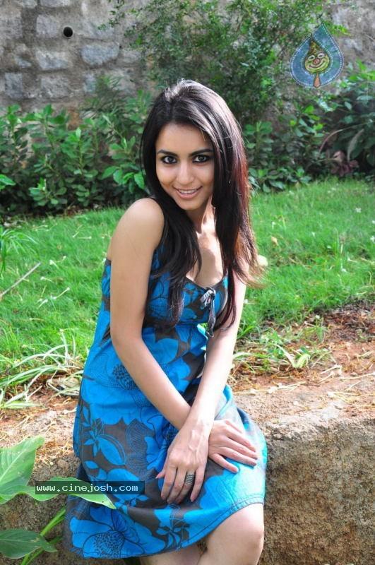 Aparna Sharma Hot Stills