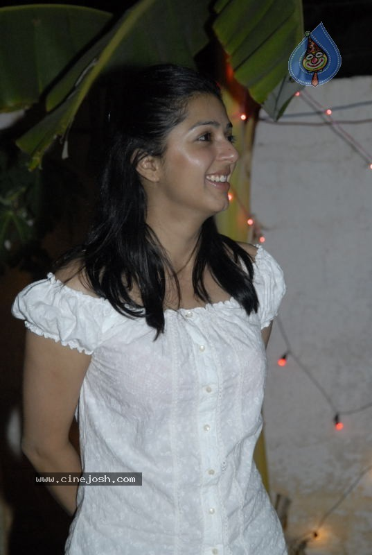 Bhoomika New Gallery - 5 / 34 photos