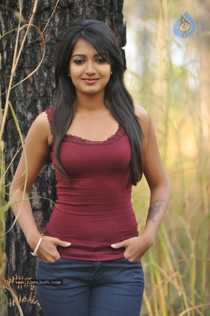 Bangla girl exposing on yahoo 10
