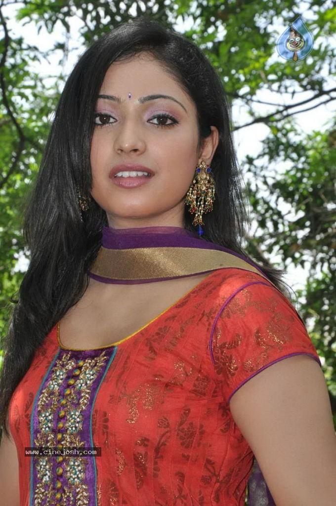 haripriya new photos   photo 10 of 31