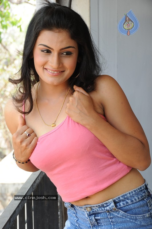 Jyothy Gallery  - Siri Malle Puvvu  - 10 / 85 photos