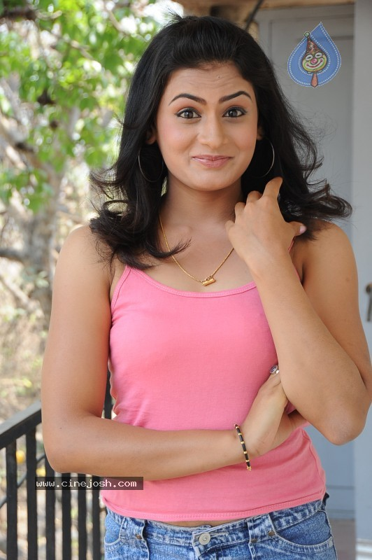 Jyothy Gallery  - Siri Malle Puvvu  - 55 / 85 photos