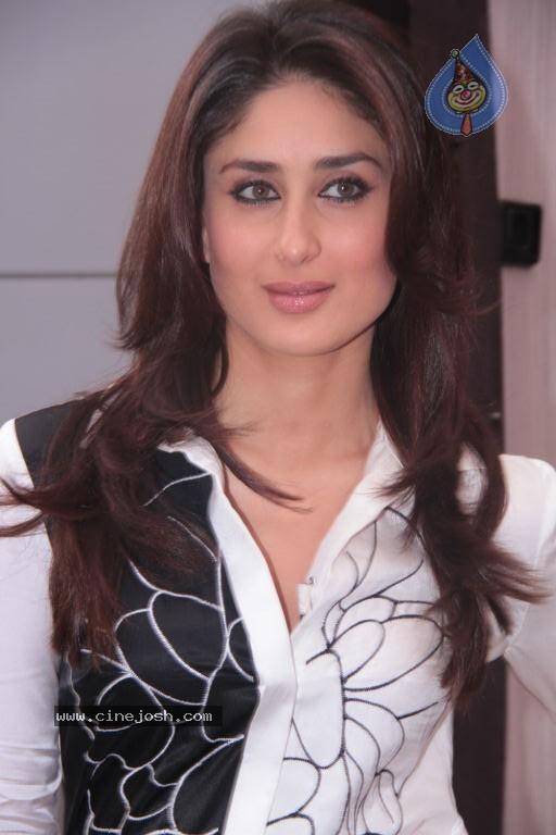 http://www.cinejosh.com/gallereys/actress/normal/kareena_kapoor_new_stills_1809120407/kareena_kapoor_new_stills_1809120407_022.jpg