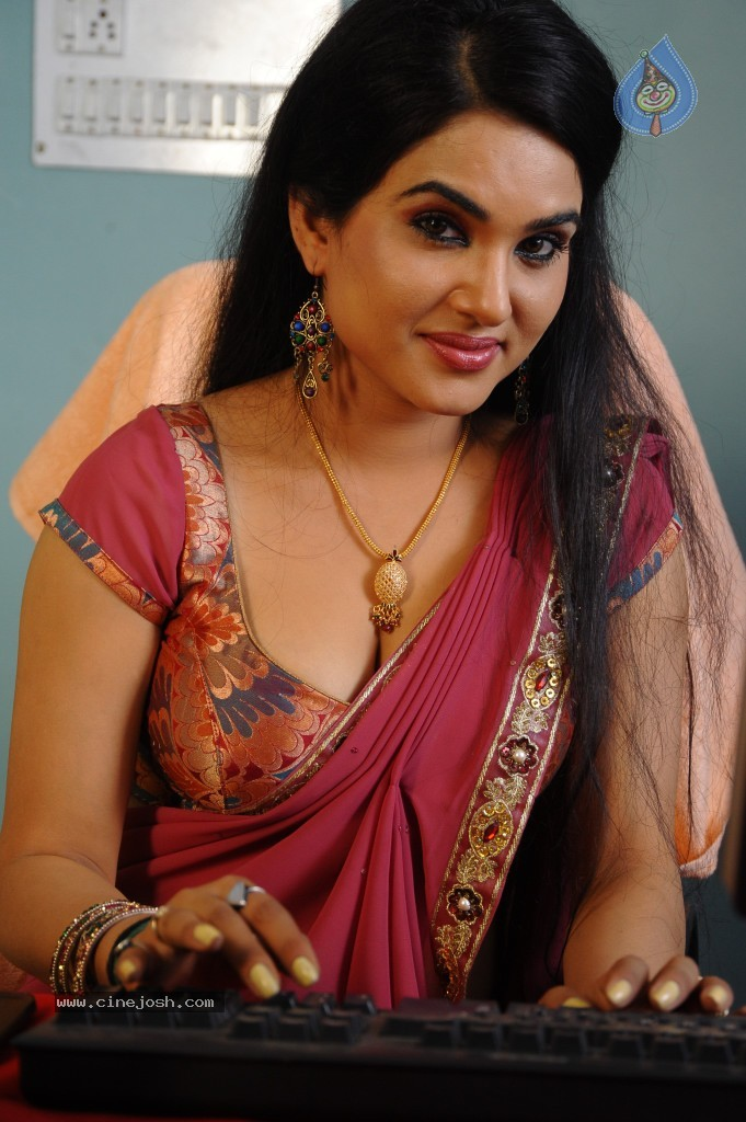 Hot indian picture gallery