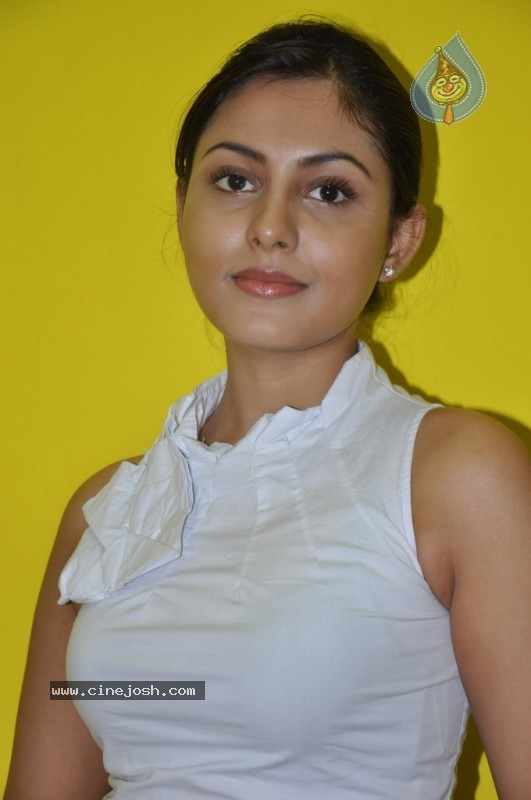 Shalini Chandran Junglekey In Image 50