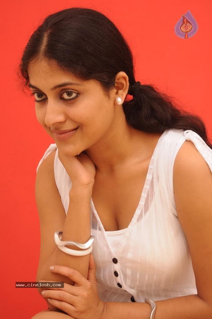 Tags: Mohana, Mohana Hot, Mohana Spicy Stills, Tamil Actress Mohana ...