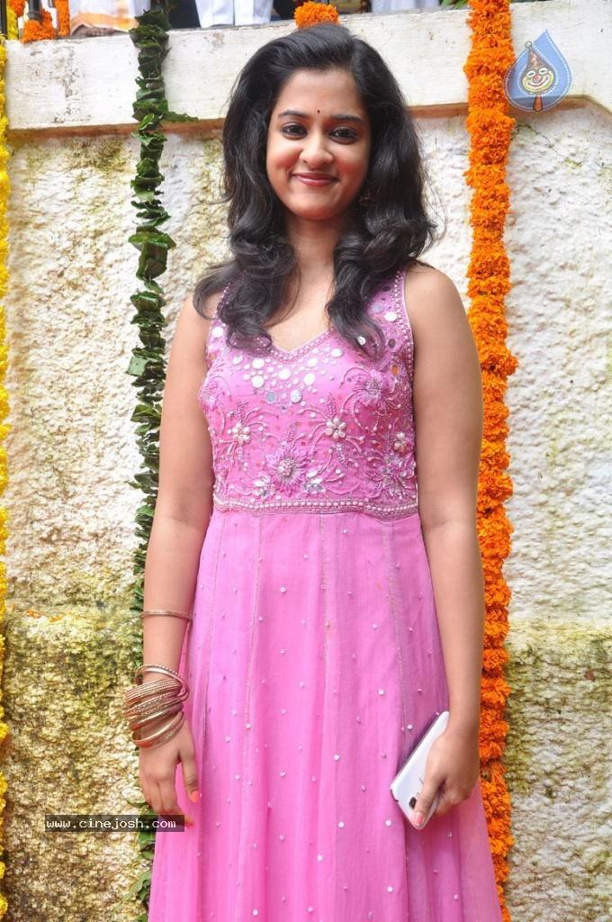 Download image Telugu Actress Nanditha Latest Photos 6 PC, Android