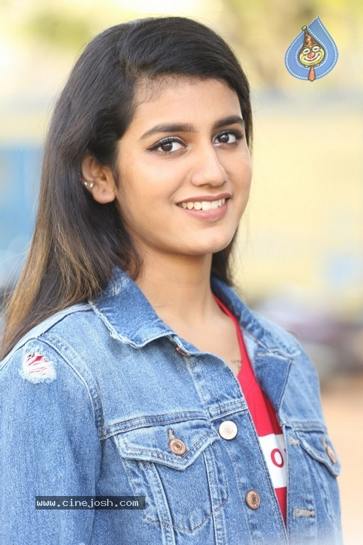 Priya Prakash Varrier Interview Photos - 7 / 21 photos