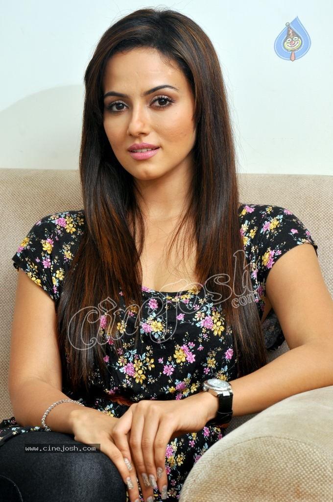 Sana Khan Latest Photos - Click for next photo