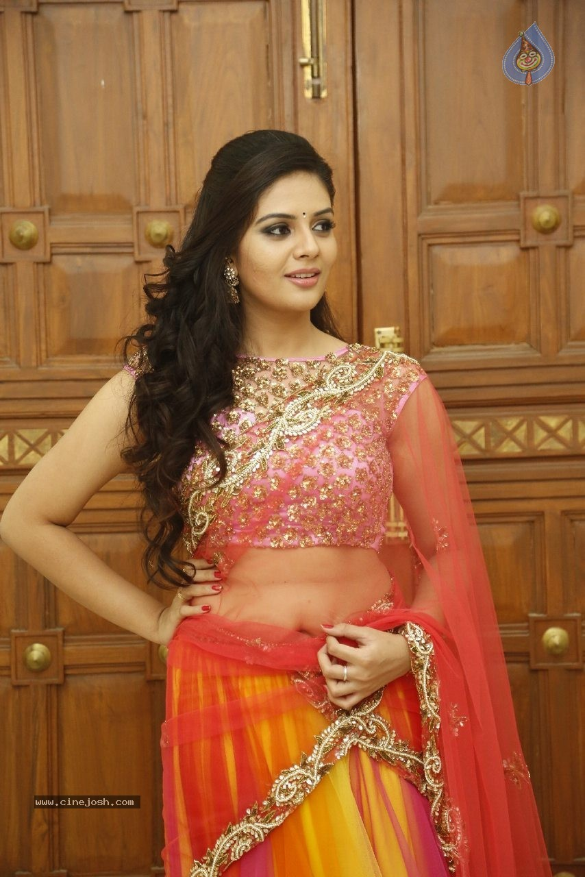 sree mukhi new photos   photo 19 of 64