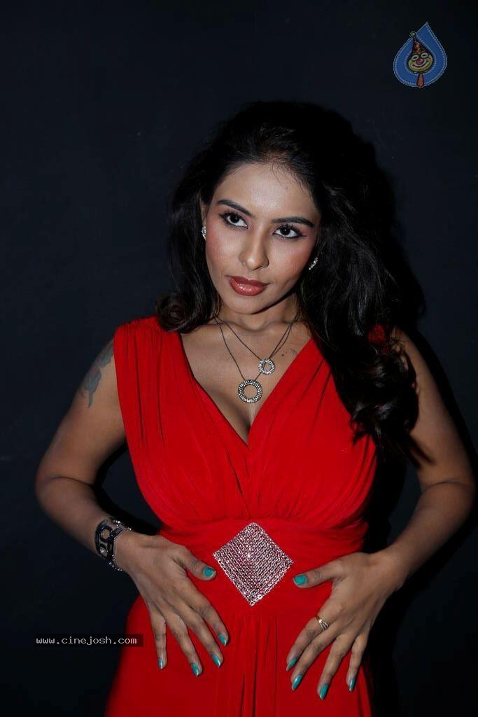 Srilekha Hot Stills   Click For Next Photo