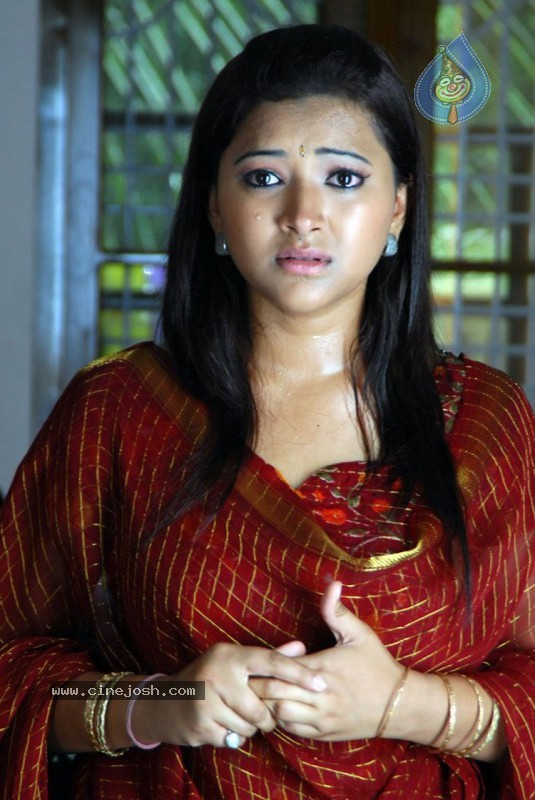 actress swetha basu prostitution police arrested