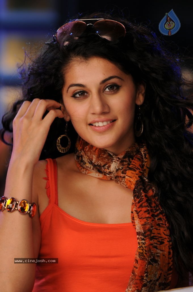 Tapsee Hot Gallery
