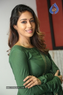 Actress Nivetha Pethuraj Gallery - 5 of 15