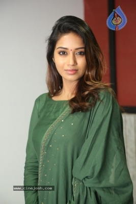 Actress Nivetha Pethuraj Gallery - 14 of 15