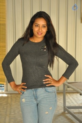 Bhanu Tripathri New Photos - 12 of 20