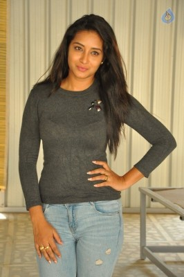 Bhanu Tripathri New Photos - 13 of 20