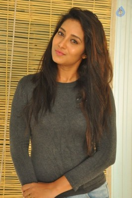 Bhanu Tripathri New Photos - 15 of 20