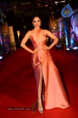 Kiara Advani at Zee Cine Awards 2018 - 2 of 21