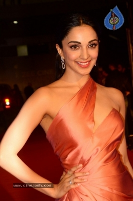 Kiara Advani at Zee Cine Awards 2018 - 11 of 21