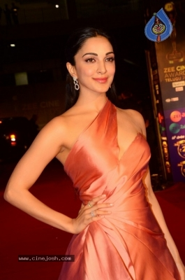 Kiara Advani at Zee Cine Awards 2018 - 20 of 21