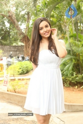 Kyra Dutt New Images - 1 of 21