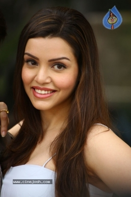 Kyra Dutt New Images - 4 of 21