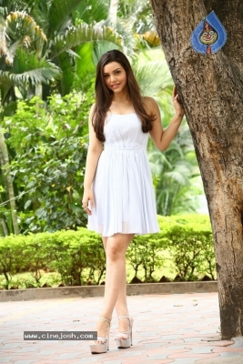 Kyra Dutt New Images - 14 of 21