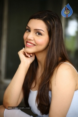 Kyra Dutt New Images - 15 of 21