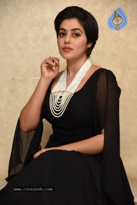Poorna New Photos - 16 of 34