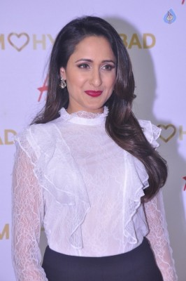 Pragya Jaiswal Gallery - 6 of 29