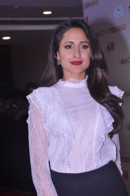Pragya Jaiswal Gallery - 13 of 29