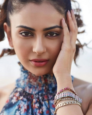 Rakul Preet New Stills - 1 of 21