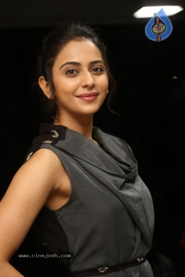 Rakul Preet Singh Photos - 3 of 41