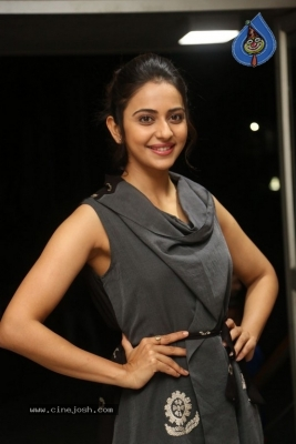 Rakul Preet Singh Photos - 17 of 41